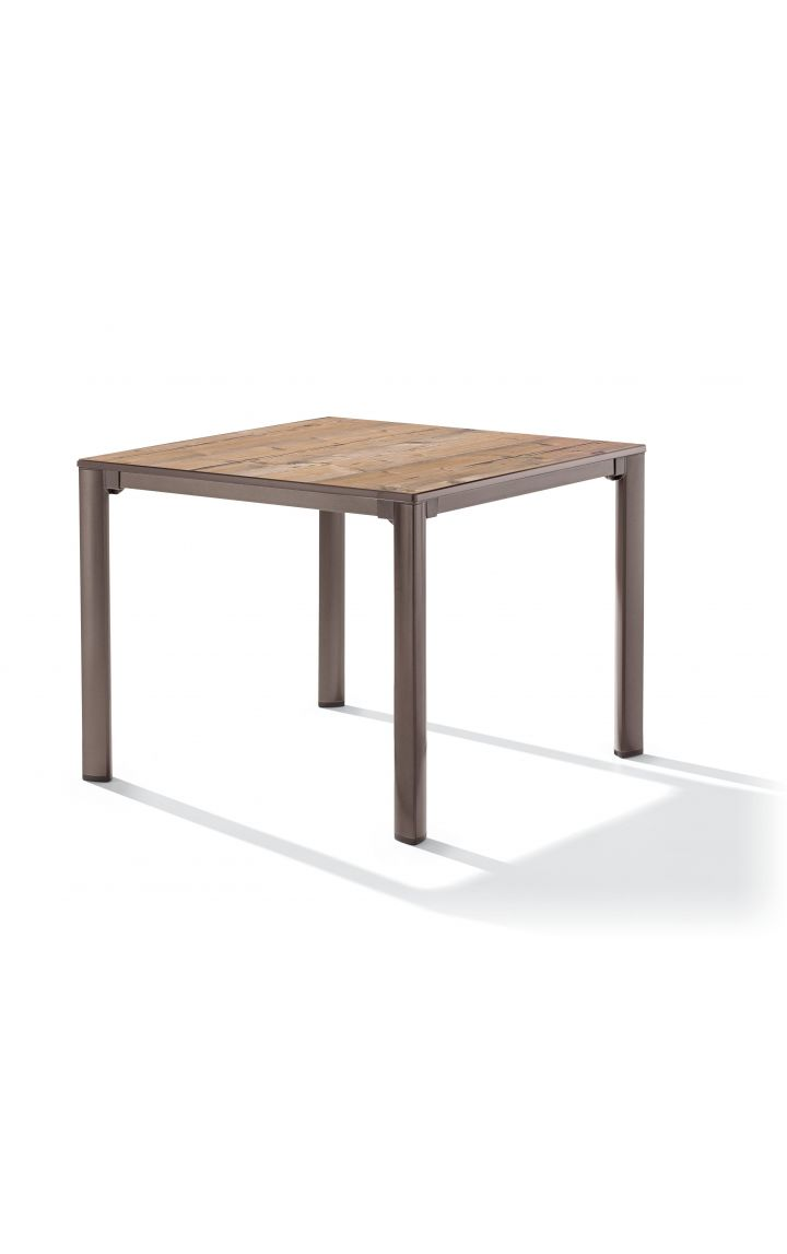 Table Exclusiv 95x95